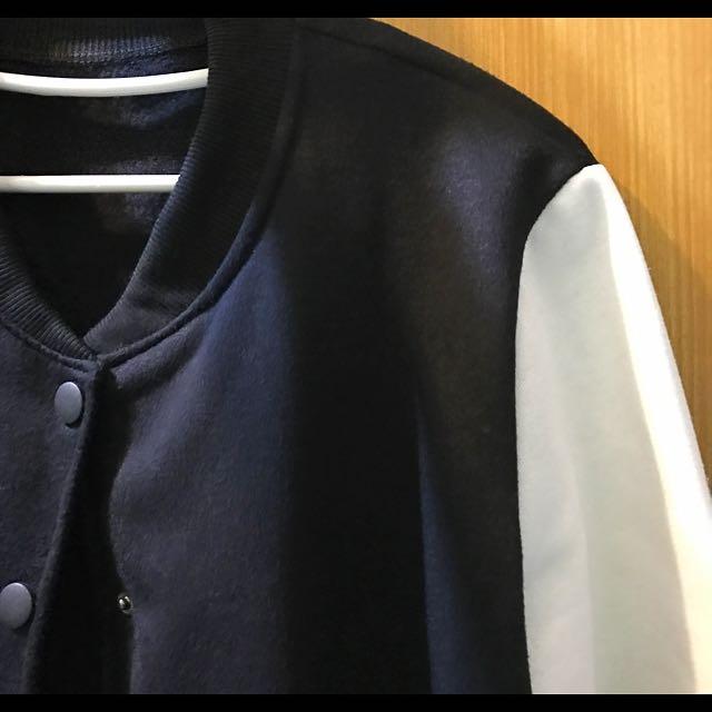 黑白拼接長版外套