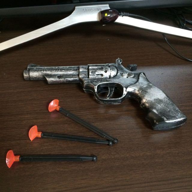玩具槍+潮牌包