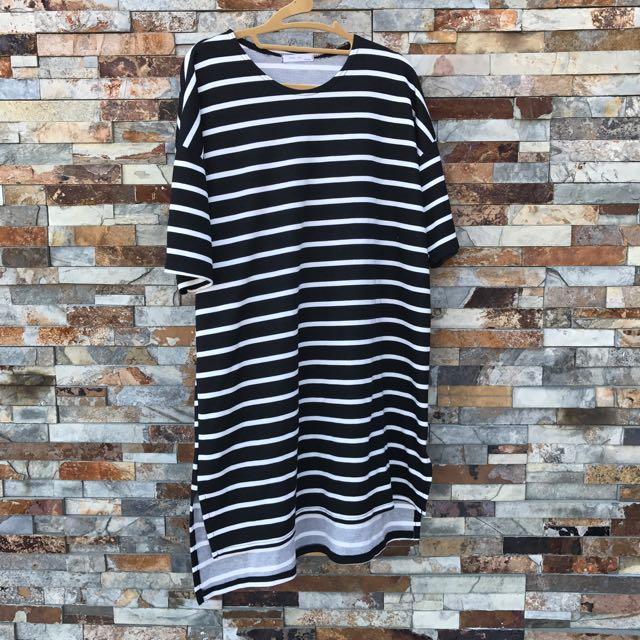 黑白橫條長版衣