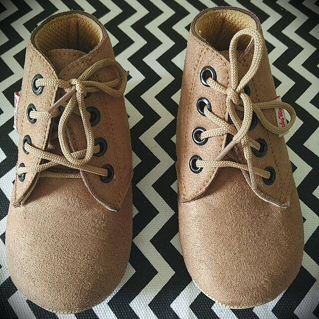 👦 Boot Baby Wang