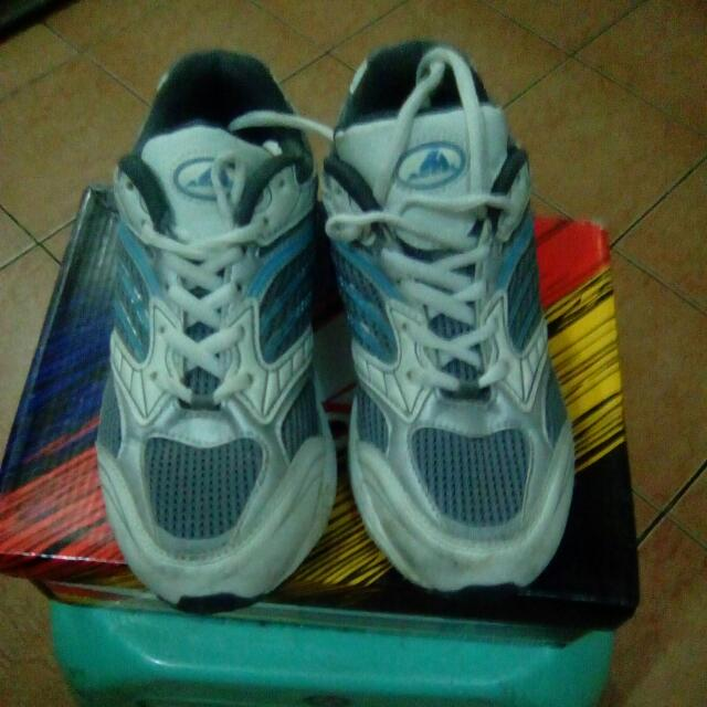 Accel Size 4