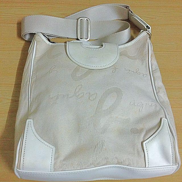 agnes b白色低調帆布斜背包