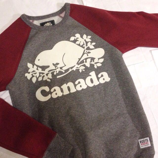 NEW Roots Cooper Canada Crewneck