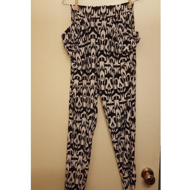 🔥💵 BLACK & WHITE PANTS - XS