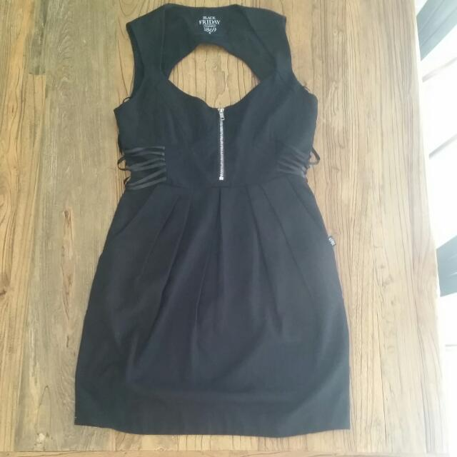 Black Friday 1869 Dress Sz 10