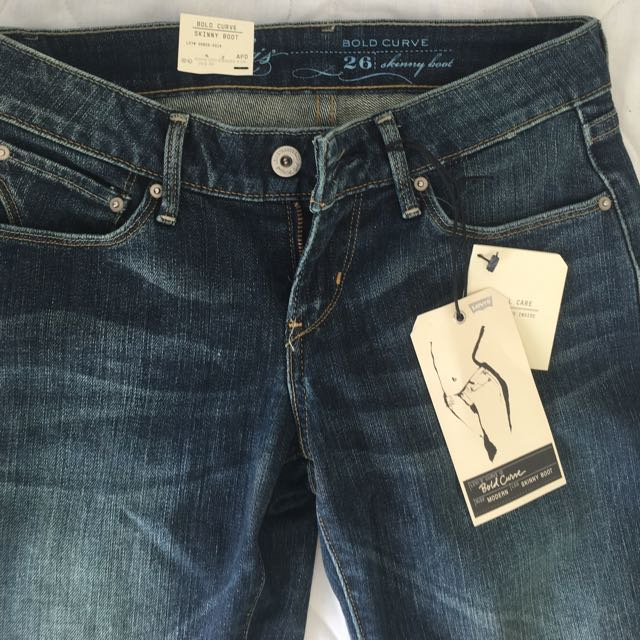Bnwt Levis Ladies Boot Cut Jeans