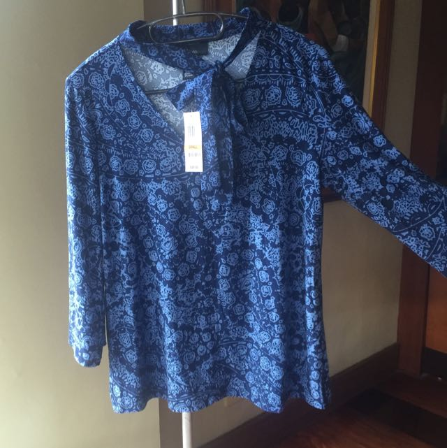 Brand new blouse from the US