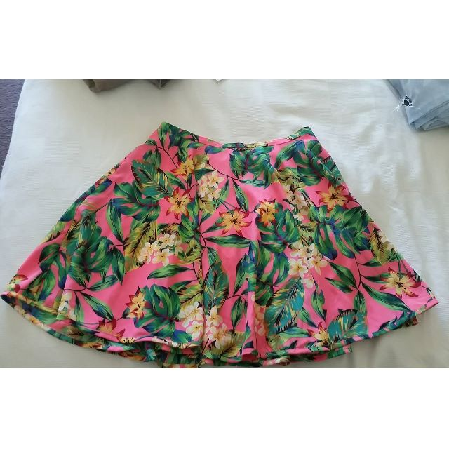 Forever New Tropical Pink Skirt Size 8