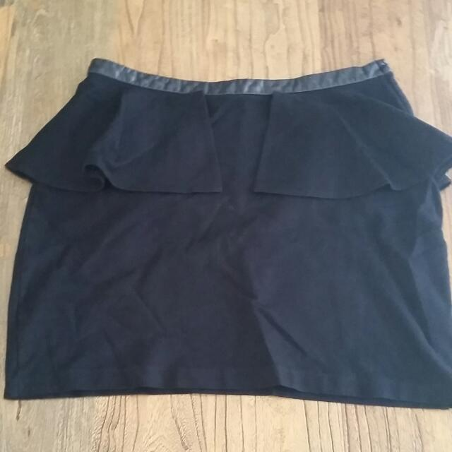 Glassons Skirt Size 12