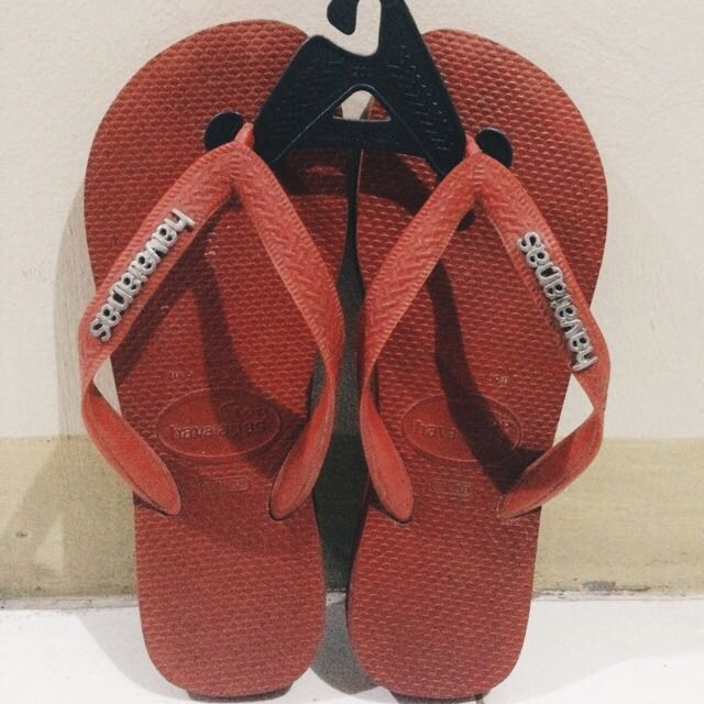Havaianas Red (with Silver Logo)