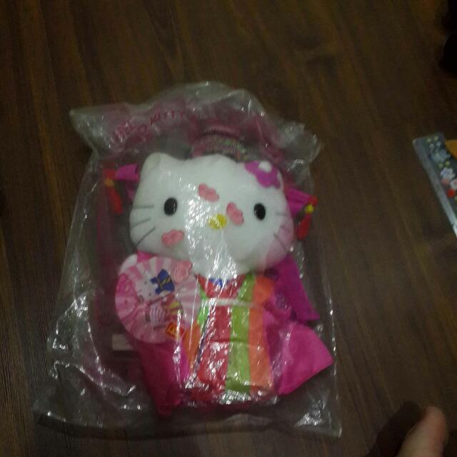 Hello kitty 麥當勞限定韓國版娃娃 玩偶