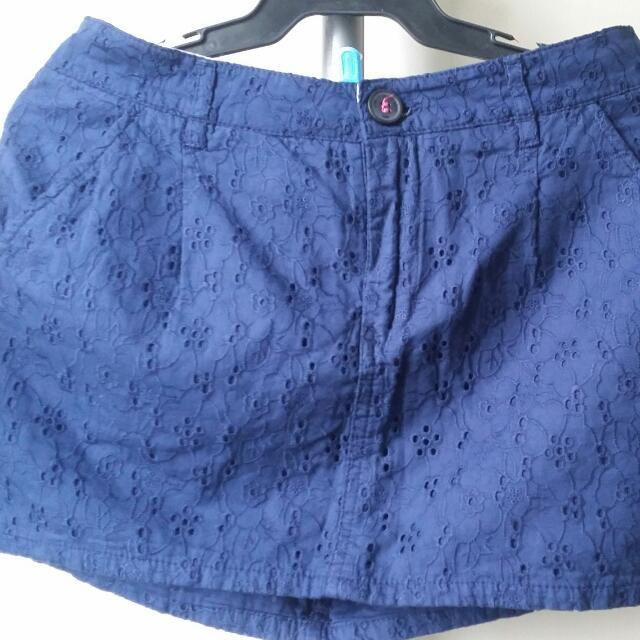 H&M Navy Blue Lace Mini Skirt (S-M)