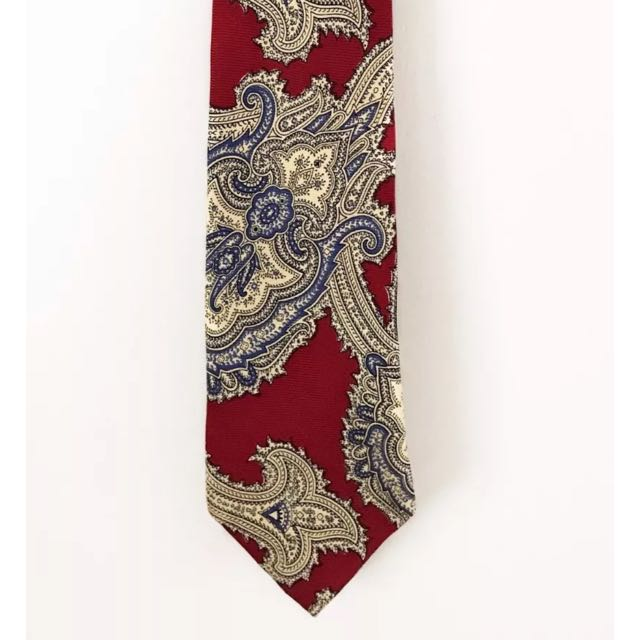 HUGO BOSS Tie - 100% Silk - Made In Italy - FREE POSTAGE