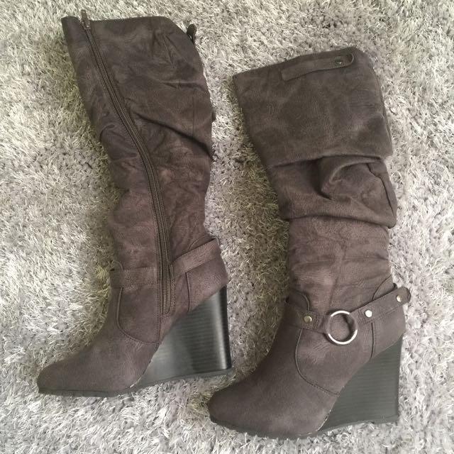 London Rebel Women's Wedge Boots Size 6