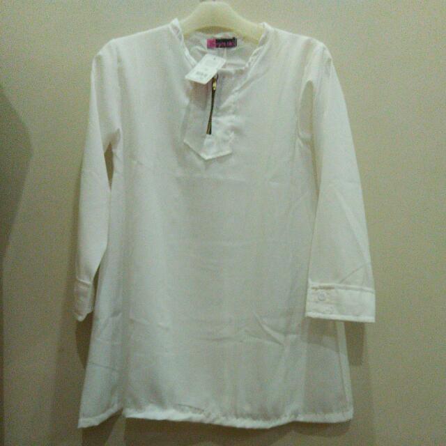 White Shirt Zipper