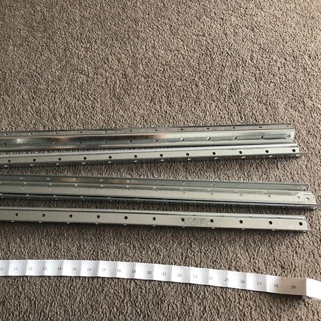 Metallic L-shape Pole