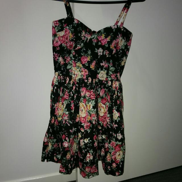 Mojito Dress 10 (fits 8)