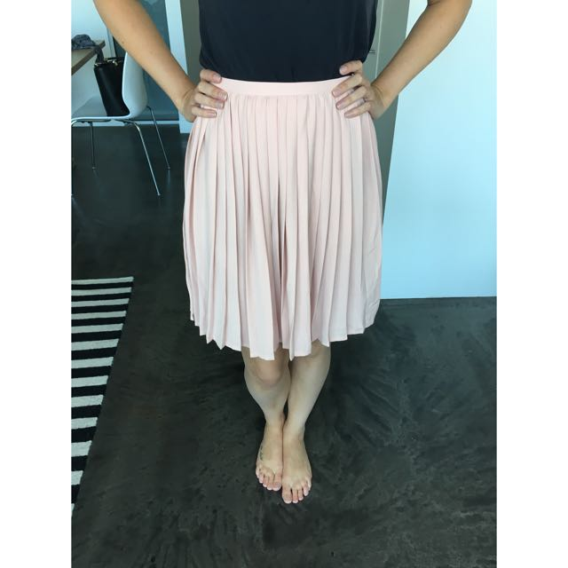 Pleated Pink Skirt Small
