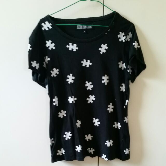 Puzzle Peice Print Women's T-shirt - Size Large