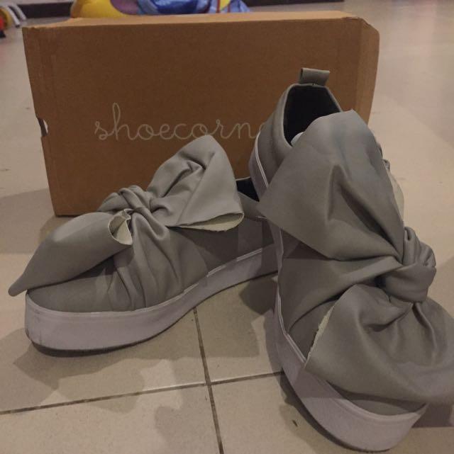 Sepatu Merk Shoescorner (localbran)