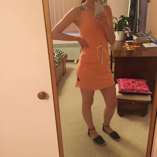 sporty orange ghanda dress size 8