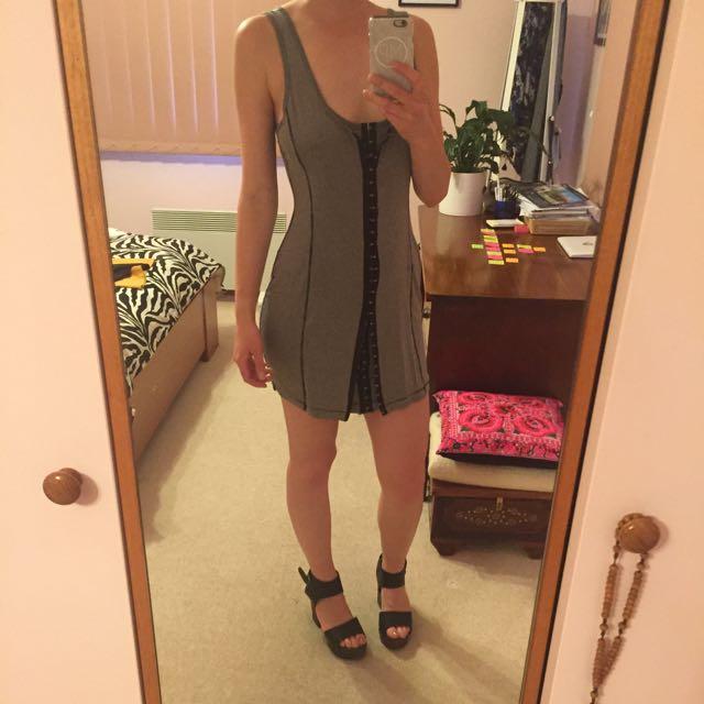 tight grey dress size 8