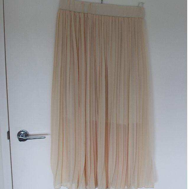 TOMS pale yellow chiffon skirt