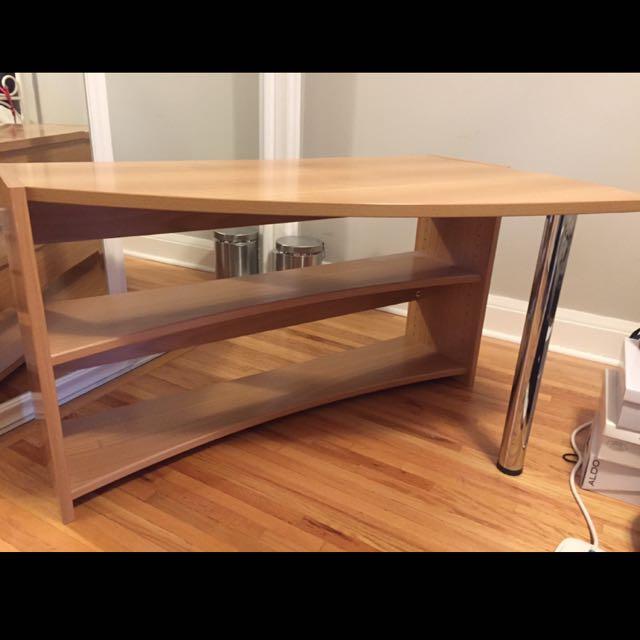 Wooden Finish Desk