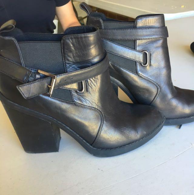 Zu Boots