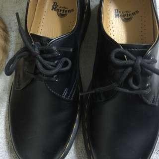 3孔馬丁鞋 UK5
