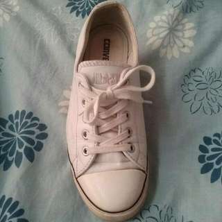 White Slim Leather Converse Sz 7