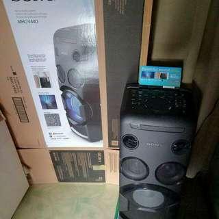 Sony MHC V44D