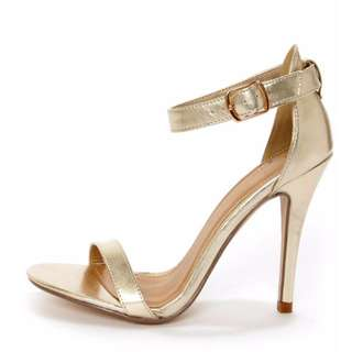 Gold Heels - Size 6
