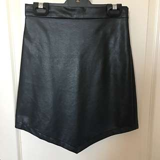 MISSGUIDED Black Faux Leather Skirt