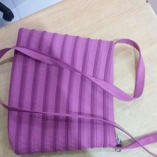 preloved red bag