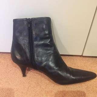 Witner Black Boots