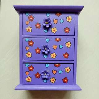 FREE!! Small Drawer Chest for Kids