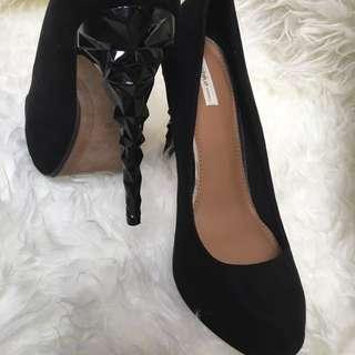 Sepatu Second Like New