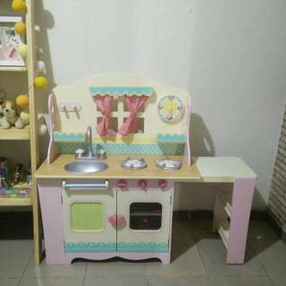 ELC Wooden Cottage Kitchen