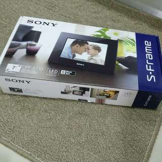 Sony Photo Frame (Re-post)