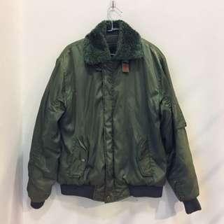 軍綠色飛行夾克 內鋪棉