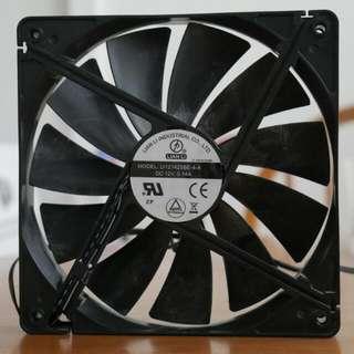 Lian Li 140mm PC Fan
