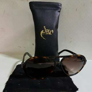 LEOPARD PRINT AUTHENTIC AES SUNGLASSES!!  Fast deal!!