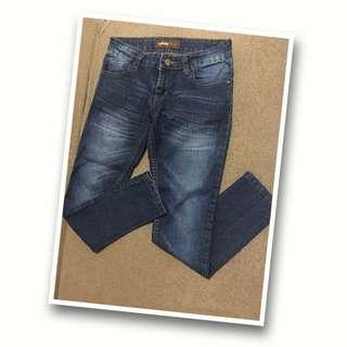 Celana Jeans Washed