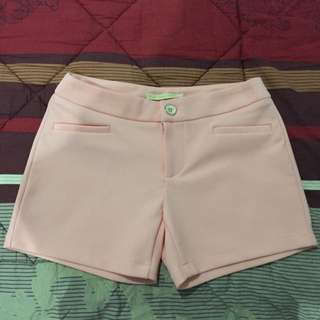Short Pants In Nude Salmon Pink
