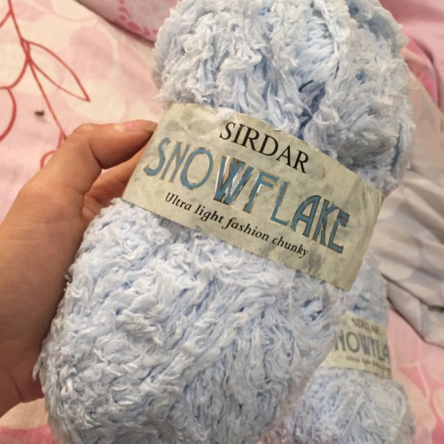 2 X Balls Of Light Blue Sirdar Snowflake Ultra Light Fashion Chunky Yarns