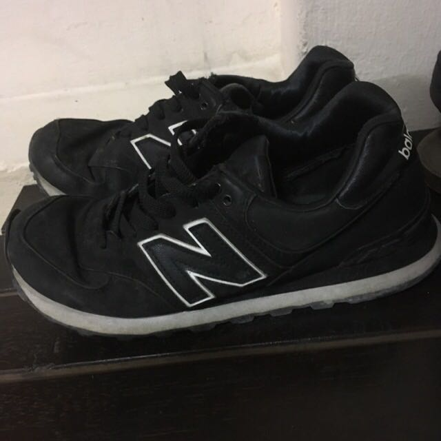 low priced 974f3 18365 All Black New Balance 574, Men's Fashion, Footwear on Carousell