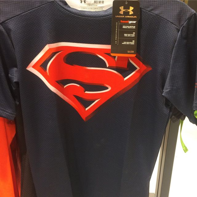 beneficio Mecánica Ortografía  BNEW With Tags Under Armour Compression Shirt Top Alter Ego Superhero  Superman Batman Captain America Black Panther, Men's Fashion, Clothes on  Carousell