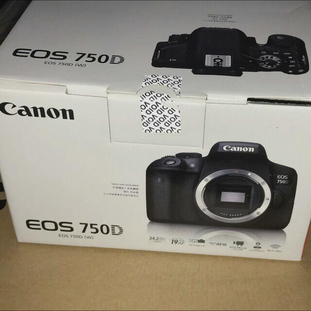 全新Canon EOS 750D 18-55 有送麥克風哦可談價格