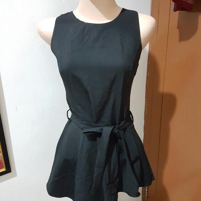 Cloth Inc Asimmetric Peplum Top